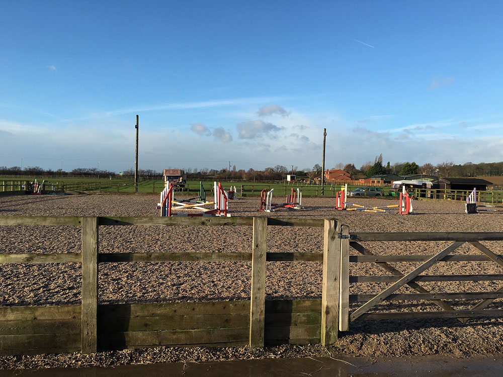 Outdoor Show Jumping & Dressage Arena